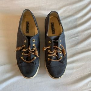 Canvas sperry shoes